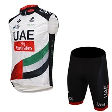 2017 UAE  ANTIVENTO GILET Cycling Vest Maillot Ciclismo Sleeveless and Cycling Shorts Cycling Kits cycle jerseys Ciclismo bicicletas